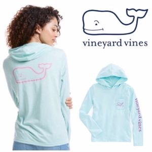 | vineyard vines | long sleeve hoodie pocket tee
